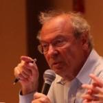 «Découvrir et raconter aux autres», le credo de Francis Kohn (AFP)