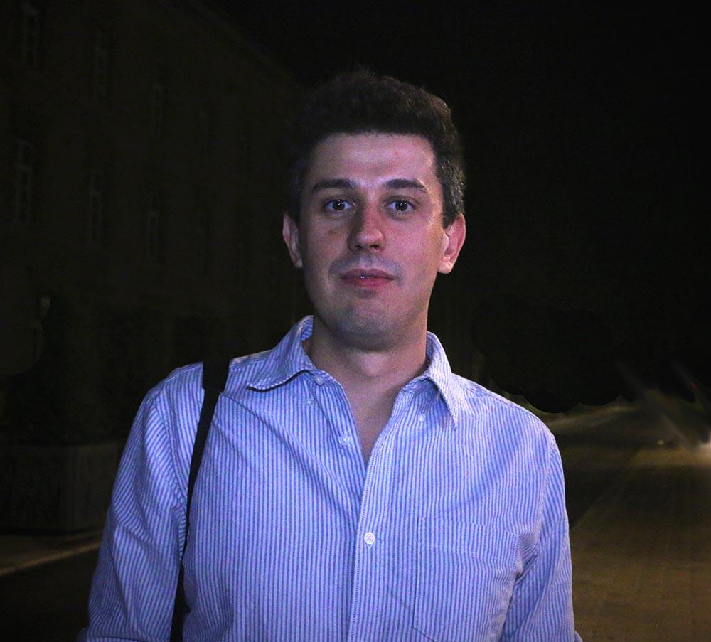 Simon Lambert , 1er vainqueur du concours du diaporama sonore Diapéro/Obsweb lors des Assises internationales du journalisme. Crédit photo: Aurélie Bazzara pour Obsweb